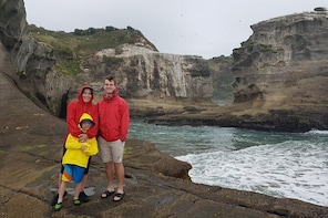 Family Adventure Day Trip to Black Sand Beaches from Auckland