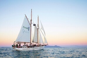 Whitsundays Sunset Sailing Cruise