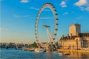 Private Vehicle Service in London with Driver for a Half Day or Full Day