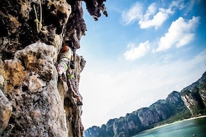 Full Day Rock Climbing Tour Railay Beach, Krabi