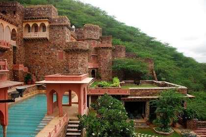 Short Excursion From New Delhi to NeemRana Fort