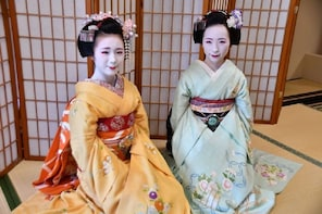 Dance and Game with a MAIKO