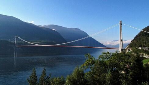 Hardanger bro.jpg