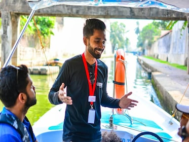 c-fakepath-urban-adventures-srilanka_colombo_boat_ride_introduction.jpg