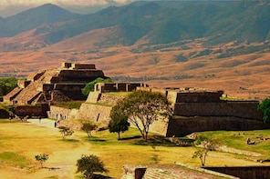 Tlaxcala and Cacaxtla experience (private tour)