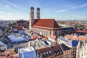 Private Transfer from Linz to Munich, Hotel-to-hotel, English-speaking driv...
