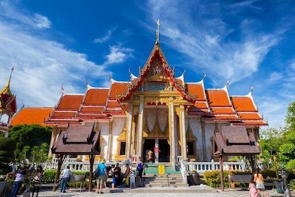 Chalong Temple in Phuket. See Phuket's most famous Buddhist temple