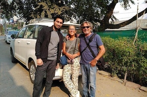 Agra to Jaipur OR Jaipur to Agra via Fatehpur Sikri and Stepwell
