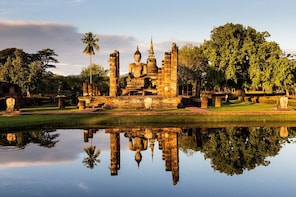 Cycling Tour (Full day in Sukhothai Historical Park)