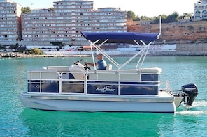 Licence Free Sunchaser Rental! Be the Skipper yourself!