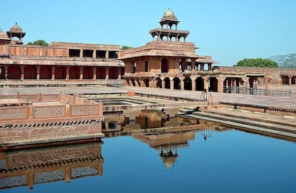 Excursion Tour to Fatehpur Sikri from Agra on istanbul map world, new delhi map world, great wall of china map world, india map world, mumbai map world,
