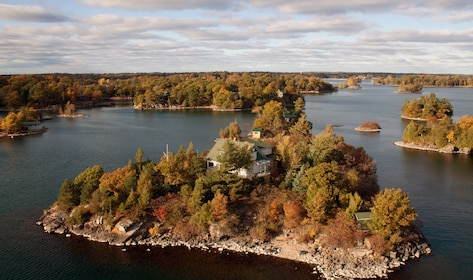 Private Boldt Castle Helicopter Tour