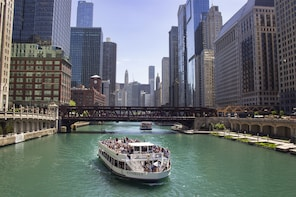 Wendella's 90-min Chicago River Architecture Tour