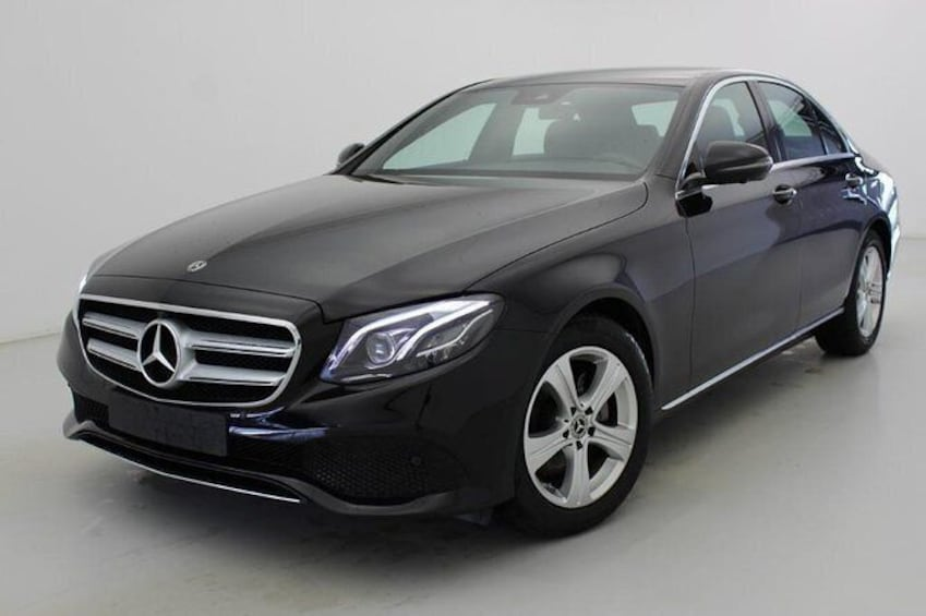 Private Transfer from Frankfurt to Prague by Business Car or Luxury Van