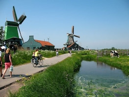 Windmills, Cheese & Traditions: Zaanse Schans Private Tour