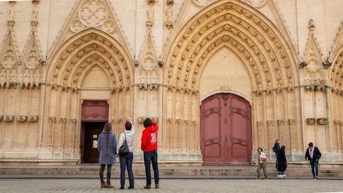 Urban Adventures-Urban Adventures-France_Lyon_Basilica _of _lyon.TIF.jpg