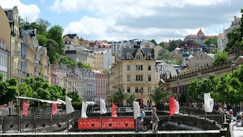 Karlovy Vary - The Town of Spas Mineral Springs & Relaxation