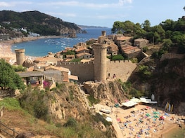 Costa Brava Coastal Path Hiking & Tossa de Mar Small Group