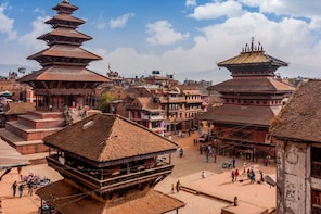 Bhaktapur Sightseeing with Nagarkot Sunset Tour