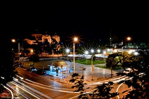 Thessaloniki by Night Tour