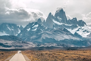From El Chalten: Minibus Ride to El Calafate Airport