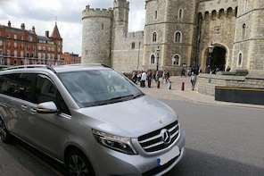 Luxury Private Vehicle Day Hire From & to London via Stonehenge & Windsor C...