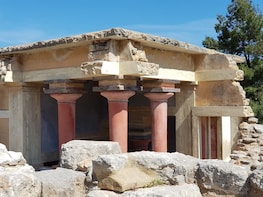 Knossos & old pottery village in mountains (Luxury Excursion