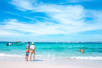 Pattaya Beach & Coral Island (Koh Larn) Small Group Tour