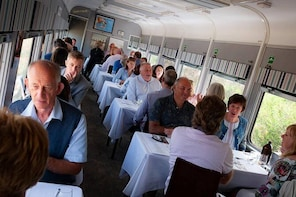 Table For 6 - Lunch (Departing Drysdale)