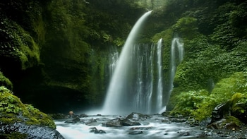 Lombok Travel: Lombok Waterfall Day Tour