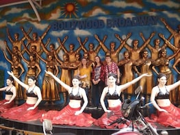 Bollywood Tour Including Guide,Transport and Studio Entrance