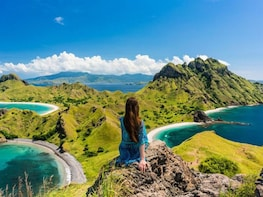 3 Day Private Liveaboard Komodo Tour with Flight from Bali