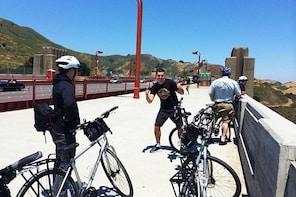 City Hybrid Bike Rentals in San Francisco near the Golden Gate Bridge
