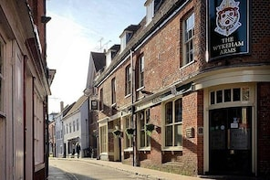 Discover Winchester's Traditional Pubs with a Local