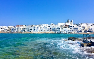 Photo walk tour of Naoussa harbour, Paros