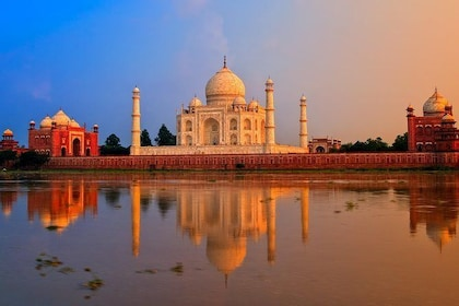 A Private Luxury 4-Day Tour to the Golden Triangle (Agra and Jaipur) (ex- Delhi)
