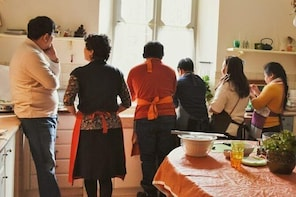 Private Cooking Class in Villa With Lunch or Dinner