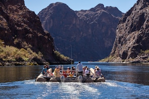 2 Hour Guided River Tour to Hoover Dam
