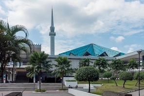 Half-Day Kuala Lumpur (10 Attractions) City Tour (3.5Hrs)