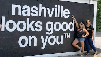 Sweet Start: Nashville Mural Tour with Donut & Mimosa Flight