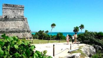 Tulum and Dos Ojos Cenotes, 5 Hour Guided Tour