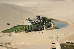 Mogao Grottoes and Crescent Moon Spring Private Tour
