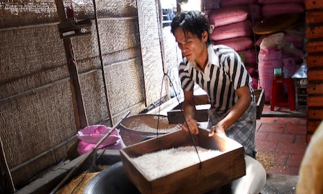 City - Cu Chi Tunnels - Mekong Delta Tour 4D3N From HCMC