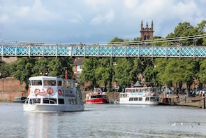 Half-Hour Sightseeing Cruise on the River Dee, Chester