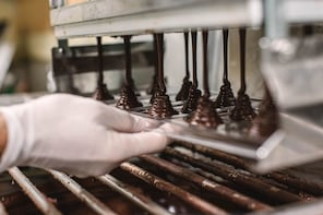Be Charlie for a Day on the Manoa Chocolate Factory Tour!