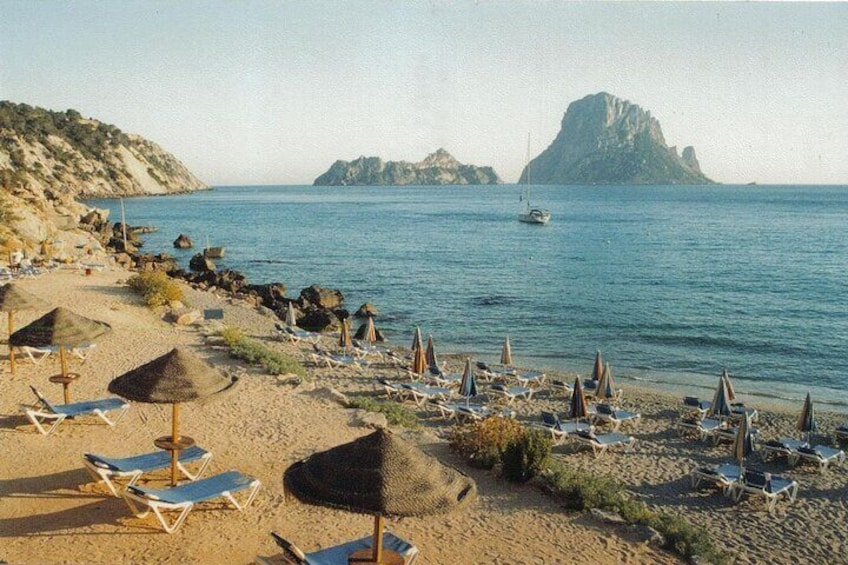 Ibiza by yourself with English Speaking driver by minivan 4, 8 or 12 hr disposal