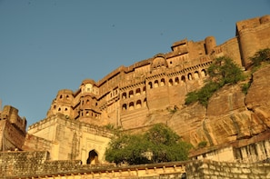 Private tour of Mehrangarh Museum with dinner