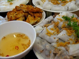 Half-day Foodie Tour in Ha Long