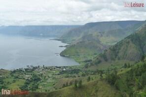 Lake Toba Full Day Excursion - Seat in Coach