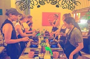 Cooking Class Colombo + Gourmet Market Tour